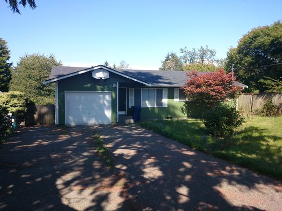 3920 SW 98th St, Seattle, WA 98136