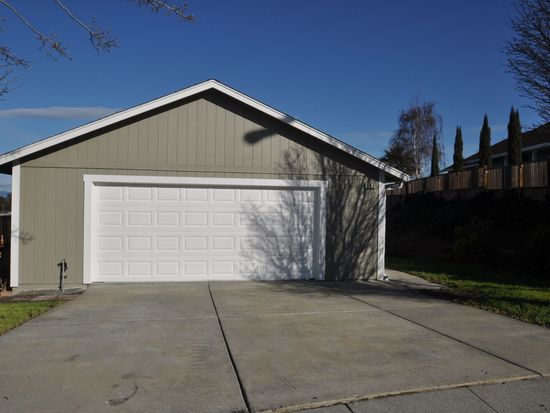 147 Pecan Ct, Vallejo, CA 94589