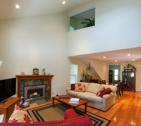 135 Stoney Creek Rd, Santa Cruz, CA 95060