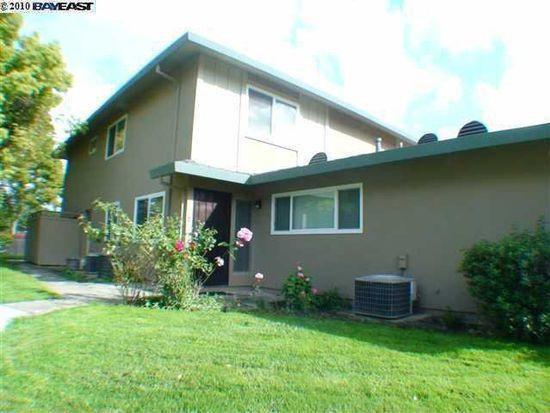 2113 Arroyo Ct APT 3, Pleasanton, CA 94588