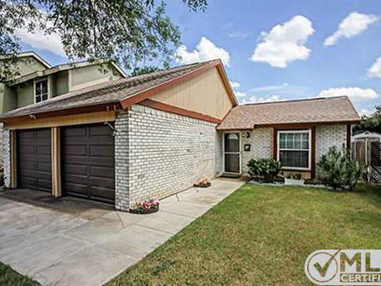 2926 Brushcreek St, Grand Prairie, TX 75052