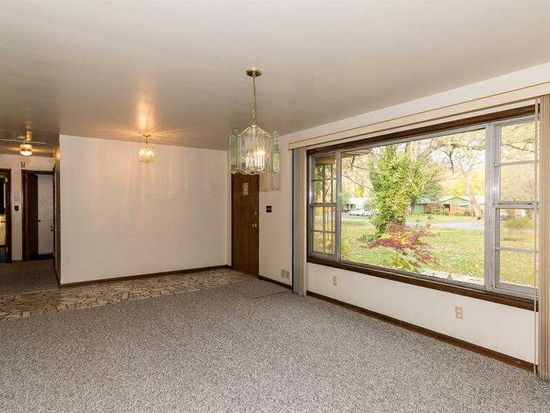 8440 Central Ave, Indianapolis, IN 46240