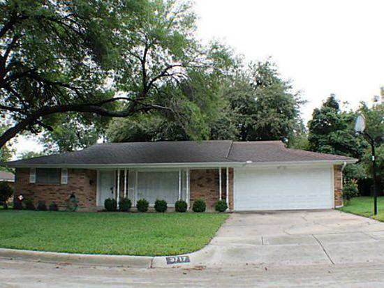3717 Glenmont Dr, Fort Worth, TX 76133