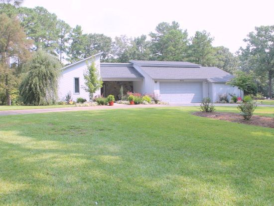 801 Mill Rd, Goldsboro, NC 27534