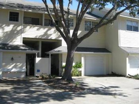 5220 S Russell St APT 33, Tampa, FL 33611