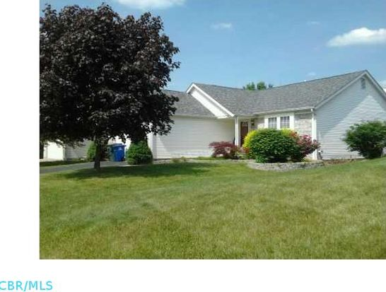 726 Wallinger Dr, Galloway, OH 43119