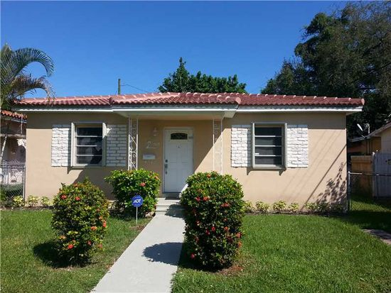 565 SW 56th Ave, Coral Gables, FL 33134
