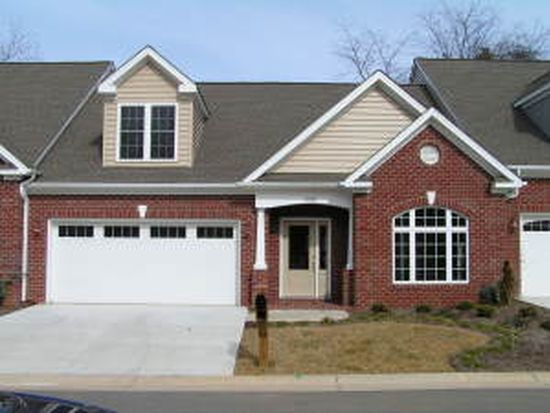 5647 Rockbridge Ct, Roanoke, VA 24018