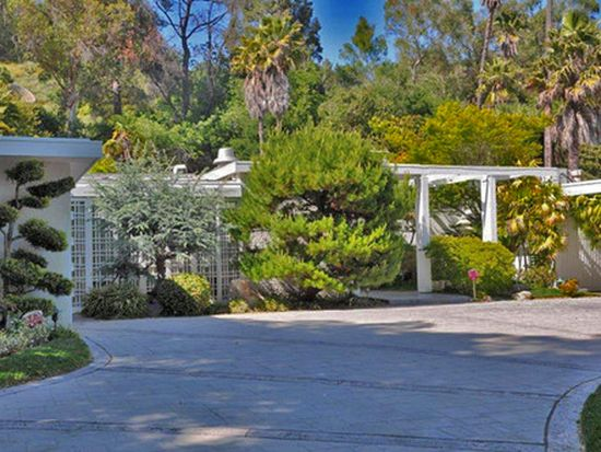 12049 Iredell St, Studio City, CA 91604