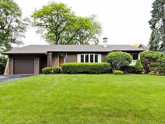 977 Waverly Rd, Glen Ellyn, IL 60137