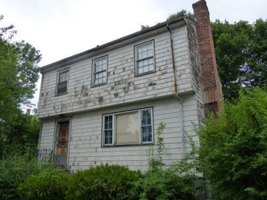 21 Custer St, Boston, MA 02130