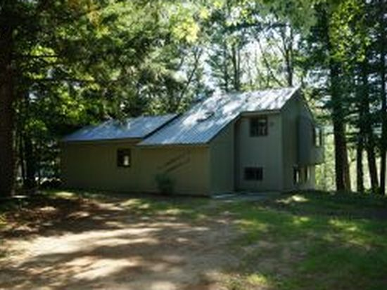 70 Forbes Dr, North Conway, NH 03860
