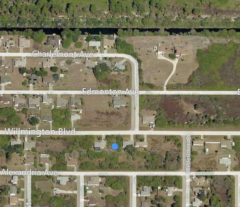 10145 Willmington Blvd, Englewood, FL 34224