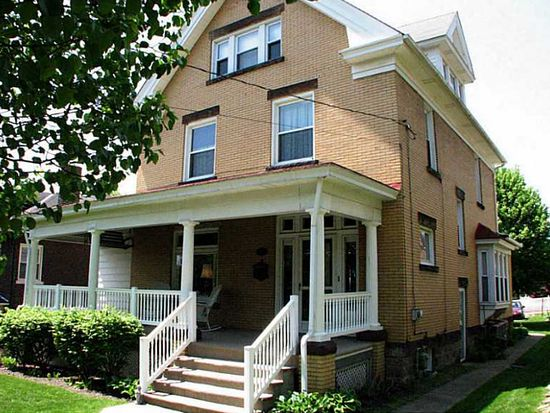 558 3rd St, Butler, PA 16001