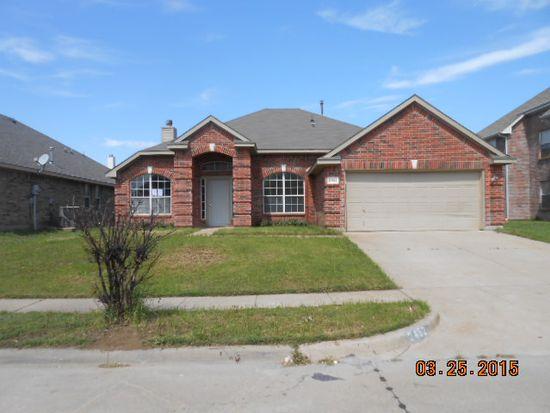 2452 Ranchview Dr, Grand Prairie, TX 75052