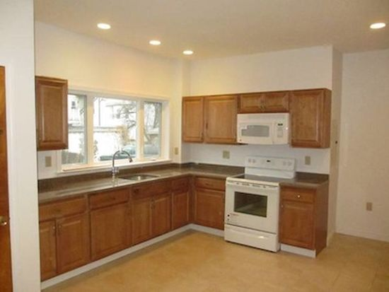 53 Quimby St, Watertown, MA 02472