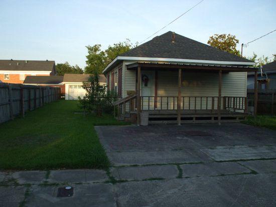 1117 Dallas St, Port Neches, TX 77651