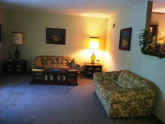 114 Gardendale Rd, Terre Haute, IN 47803