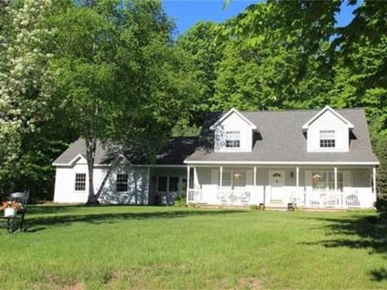 4410 S Independence Dr, Suttons Bay, MI 49682