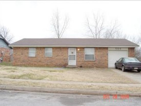 504 Woods Dr, Noble, OK 73068