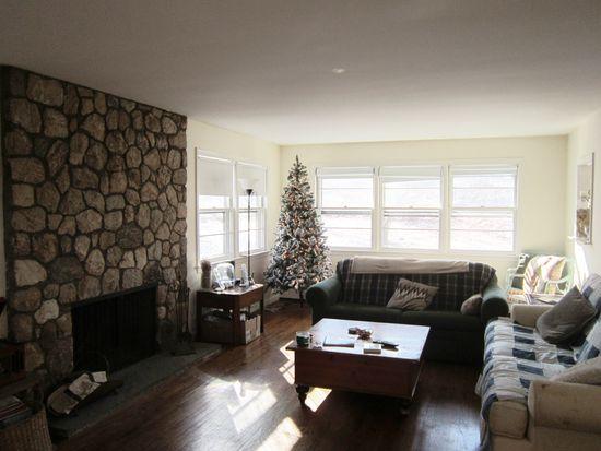 132 Barnegat Rd, Pound Ridge, NY 10576