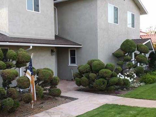 8814 Robin Hood Ln, La Jolla, CA 92037