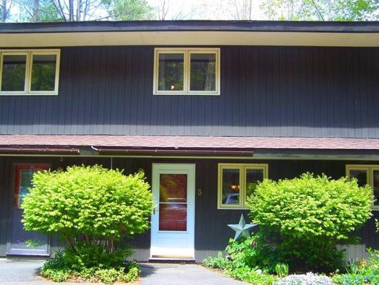 60 Brookside Dr UNIT 5, Brattleboro, VT 05301
