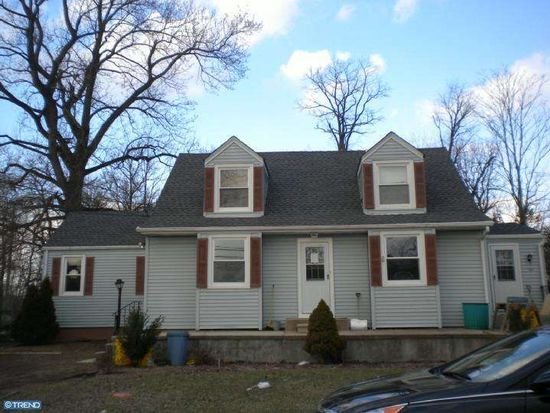 92 Martins Ln, Trenton, NJ 08620