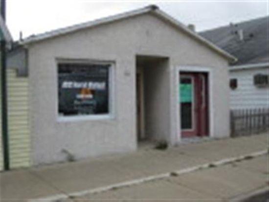 144 N Main St, Pardeeville, WI 53954