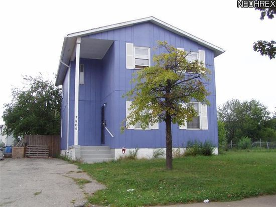 7305 Carson Ave, Cleveland, OH 44104