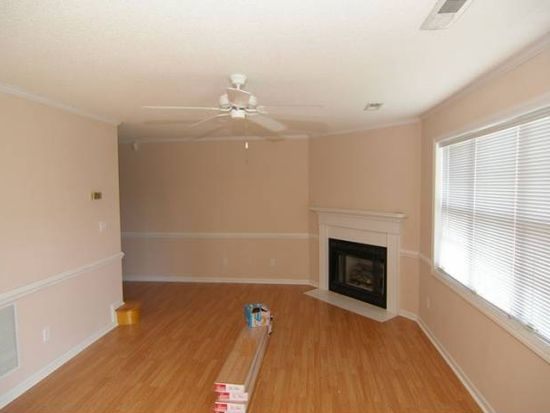 3911 Sterling Pointe Dr UNIT OO2, Winterville, NC 28590