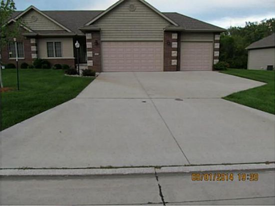 5473 NW 3rd Ct, Des Moines, IA 50313
