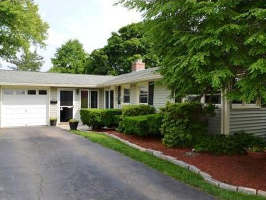 31 Andover Rd, Beverly, MA 01915