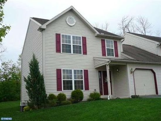 60 Michigan Dr, Sinking Spring, PA 19608