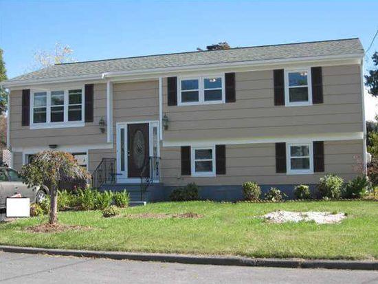 80 Buckthorne Ave, Riverside, RI 02915