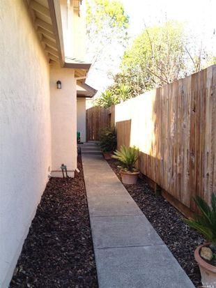 71 Francis Cir, Rohnert Park, CA 94928