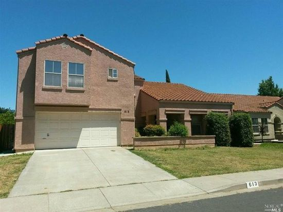 613 Somerset Dr, Vacaville, CA 95687