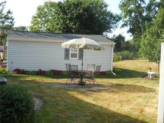 820 Westwood Dr NW, Cedar Rapids, IA 52405