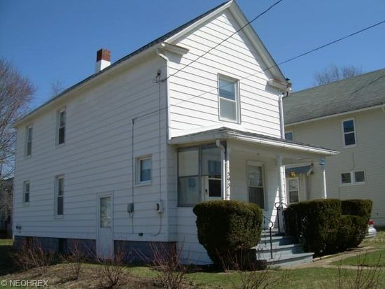 393 Cole Ave, Akron, OH 44301