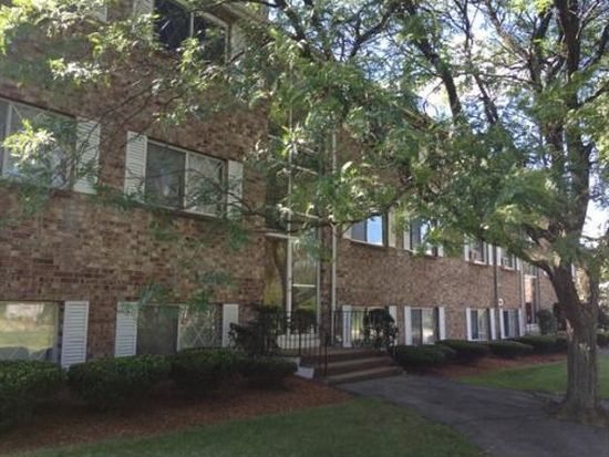 6 Fernview Ave APT 10, North Andover, MA 01845