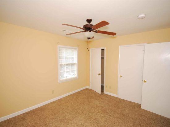 1448 Dover Rd, Spartanburg, SC 29301