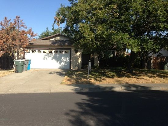 206 Raleigh Dr, Vacaville, CA 95687