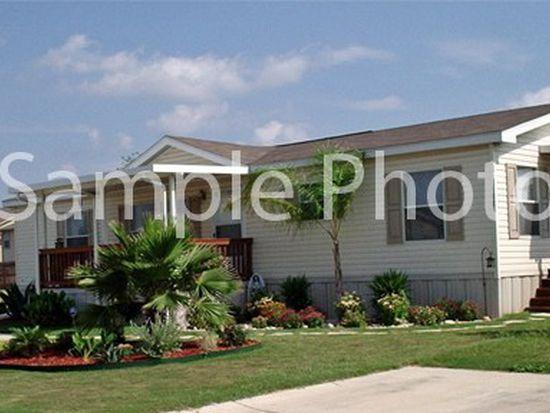 5019 Wooddale Ct, Davenport, IA 52806