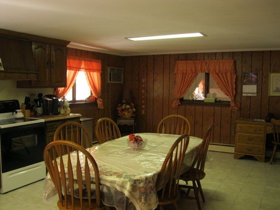 500 Fairview St, Saint Clair, PA 17970
