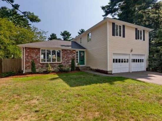 70 Manor Ave, Wellesley, MA 02482