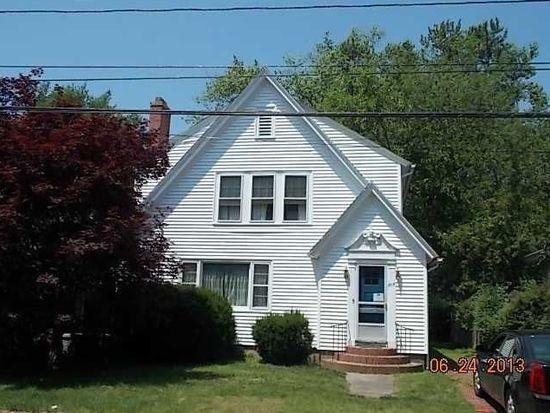 205 Wilson Ave, Rumford, RI 02916