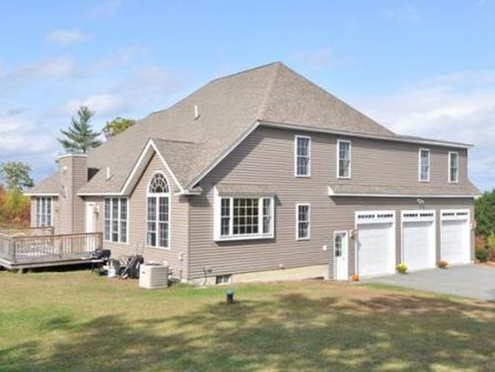 46 Montana Dr, Sandown, NH 03873