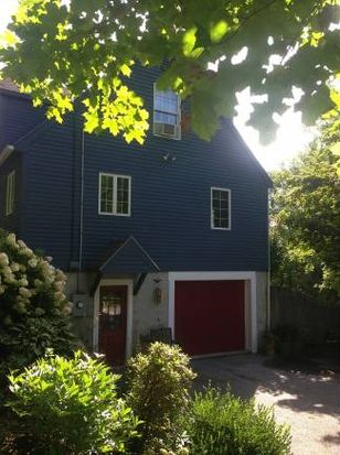 165 Oak Knoll Rd, Arlington, VT 05250