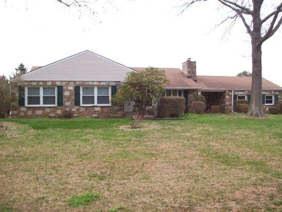 2920 Edge Hill Rd, Huntingdon Valley, PA 19006