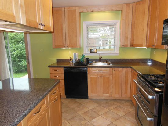 139 Dublin Dr, Lutherville, MD 21093